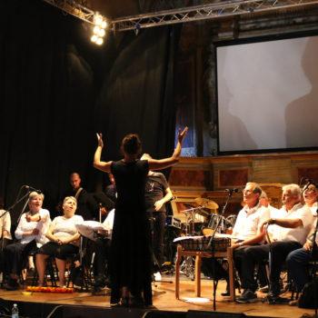 coro esibizione